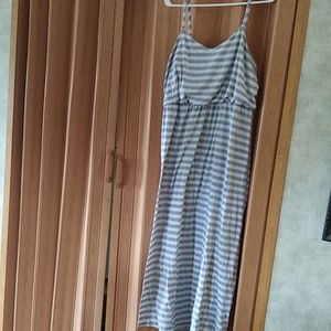 Faded Glory Gray and White strip maxi dress